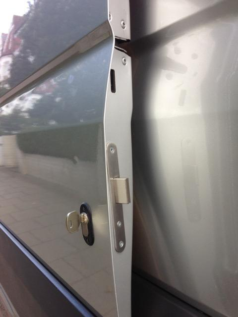 VW Crafter sliding door deadlock