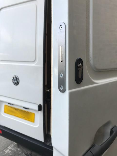 VW LT rear door deadlock