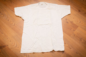 vintage 80s blank white fruit of the loom t-shirt