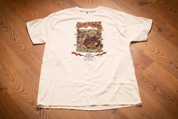 vintage 90s cream t-shirt with graphic of boyds bears bailey with honey and