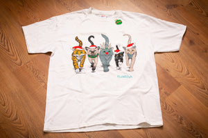 vintage 90s white t-shirt with five cats wearing festive christmas garb and florida text