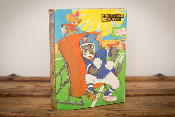 Vintage 80s Tom & Jerry at football practice puzzle in the original box