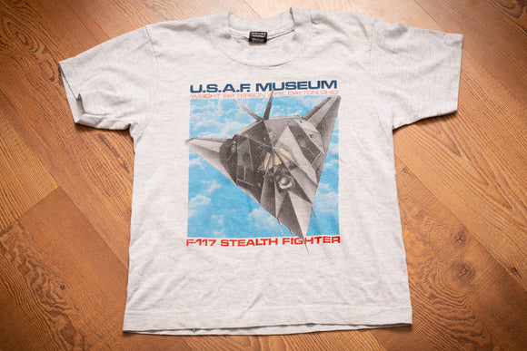80s-90s Kids' USAF Museum T-Shirt, Kids/Youth, F-117 Stealth Fighter, Vintage Tee