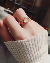 Load image into Gallery viewer, Rose Gold Crystal Chain Ring