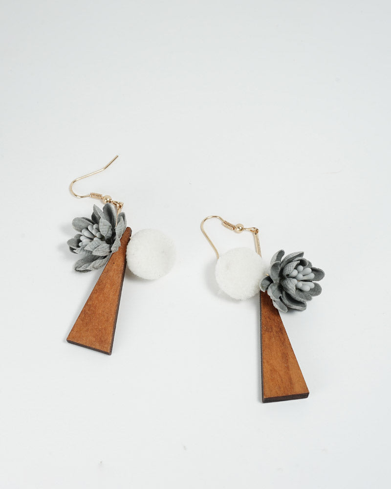Wooden Pastoral Style Earring