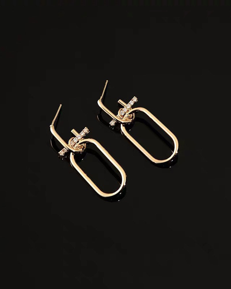 Oval Diamond Earring