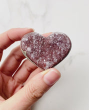 Load and play video in Gallery viewer, Amethyst Heart Cluster (4cm)