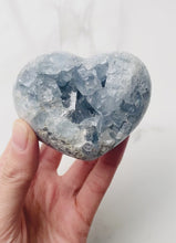 Load and play video in Gallery viewer, Celestite Heart (8cm)