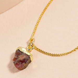 Decadorn Gold Birthstone Pendant - January Garnet