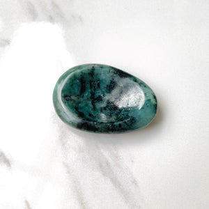 Emerald Thumbstone