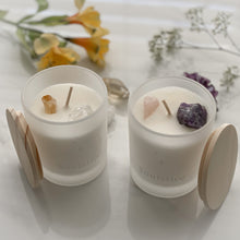 Load image into Gallery viewer, Soulstice Candle (Bergamot, Cyclamen, Cedarwood)