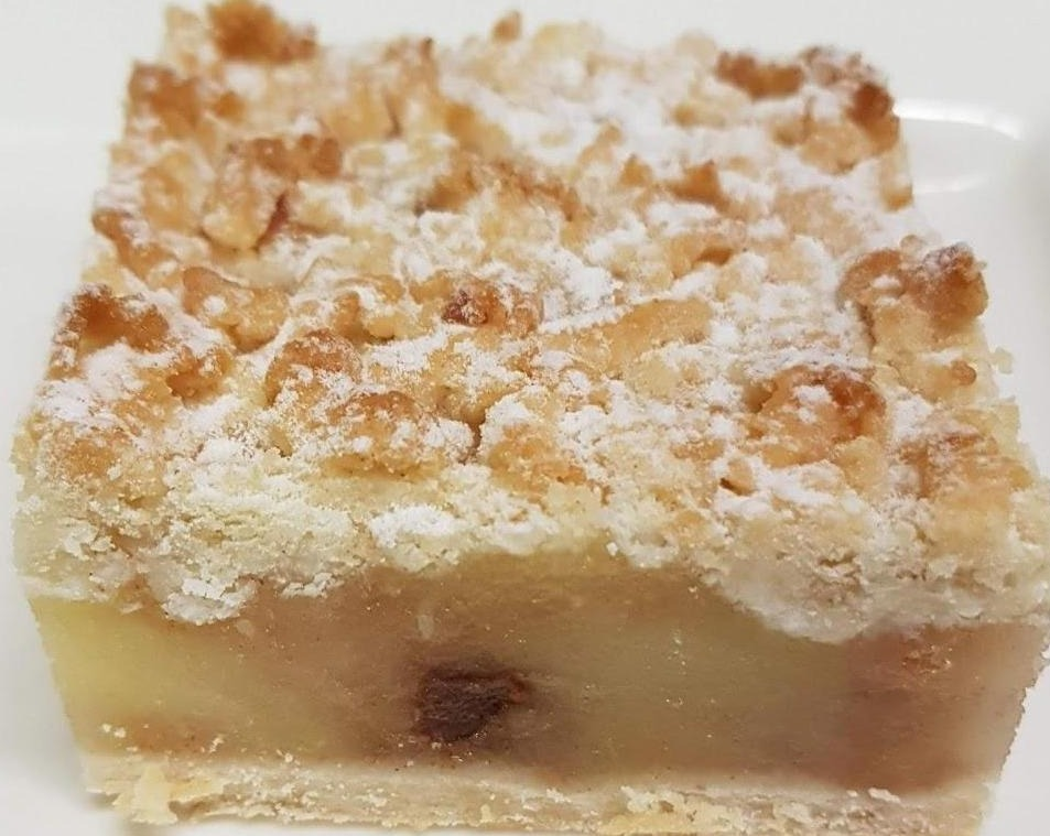 Apple Crumble Mini Dessert