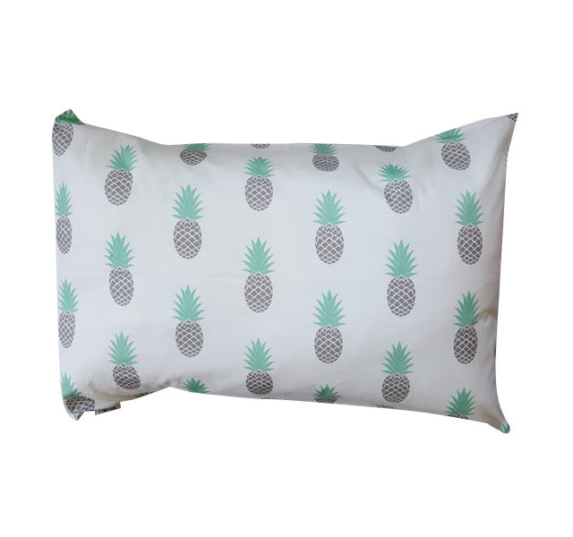 White and Grey Pineapples Pillowcase