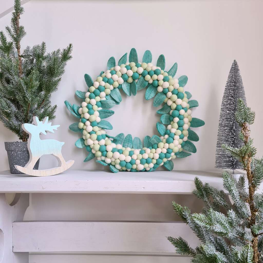 Mint Leaf & Ball Wreath