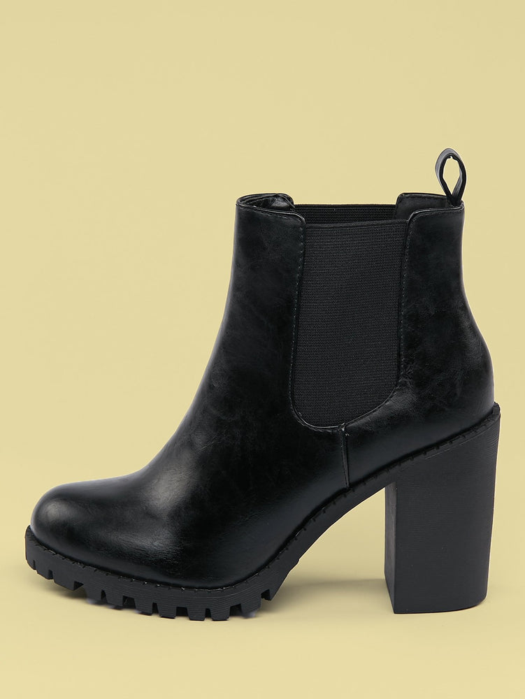 Side Gore Lug Sole Chunky Heel Booties