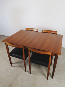 LUBKE DINING TABLE (EXTENDABLE)
