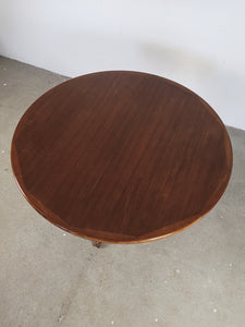 ROUND DANISH TABLE (EXTENDABLE)