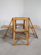 Afbeelding in Gallery-weergave laden, FOLDING CHAIRS BY ALDO JACOBER (SET OF 4)