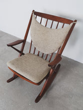 Afbeelding in Gallery-weergave laden, BRAMIN ROCKING CHAIR TEAK