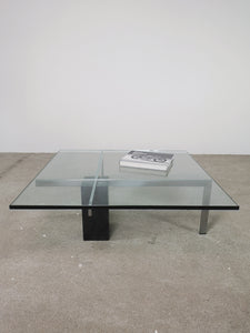 MARBLE & GLASS CROSS TABLE (BLACK)