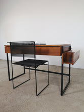 Afbeelding in Gallery-weergave laden, TEAK & BLACK METAL DESK