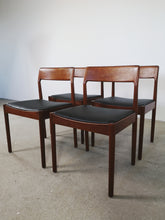 Afbeelding in Gallery-weergave laden, KAI KRISTIANSEN DINING CHAIRS (SET OF 4)