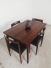 Afbeelding in Gallery-weergave laden, ROSEWOOD EXTENDABLE DINING TABLE