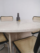 Afbeelding in Gallery-weergave laden, ROUND MARBLE DINING TABLE