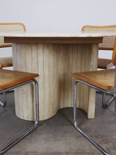 Afbeelding in Gallery-weergave laden, OVAL CURVY TRAVERTIN DINING TABLE
