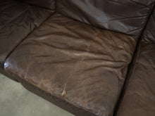 Afbeelding in Gallery-weergave laden, CHOC BROWN LEATHER MODULAR SOFA