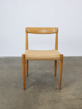 Afbeelding in Gallery-weergave laden, H.W. KLEIN FOR BRAMIN DINING CHAIRS (SET OF 4)
