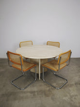 Afbeelding in Gallery-weergave laden, ROUND TRAVERTIN DINING TABLE