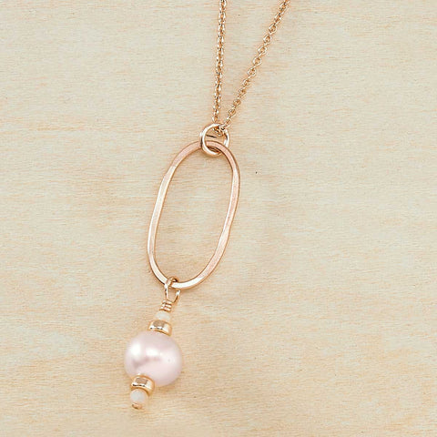 Dusky Coast Necklace - Rose Gold and Peach Pearl