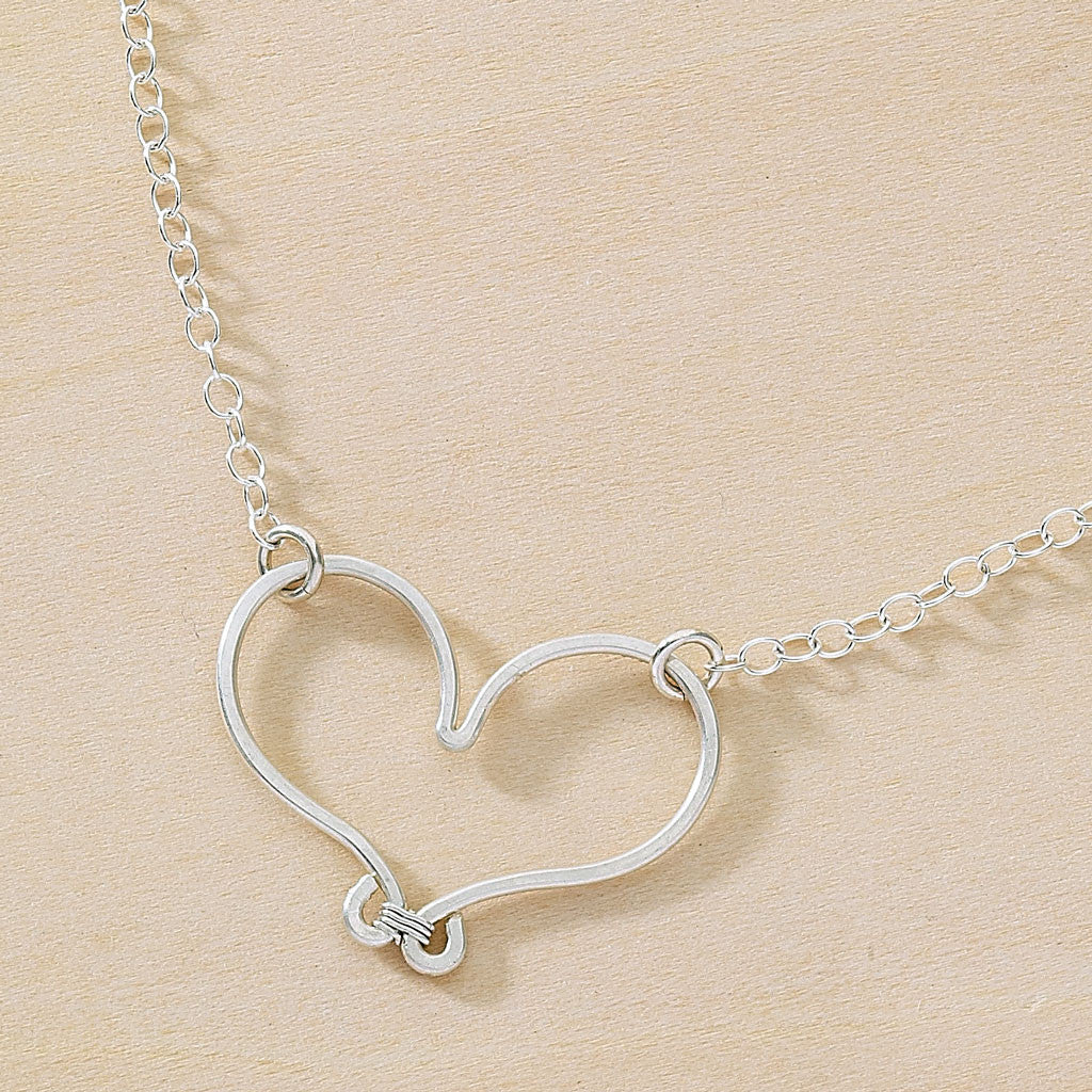 handmade hammered heart silver wire heart pendant necklace