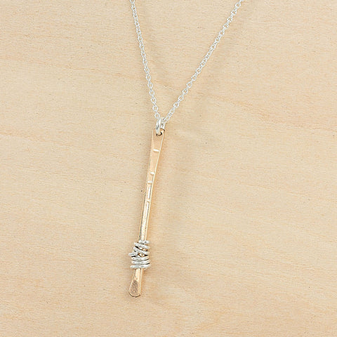 sparky stem necklace