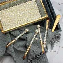 Load image into Gallery viewer, 4pcs Diamond Pearl Makeup brushes