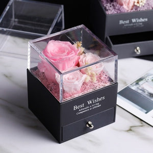 Rose in glass square jewelry box