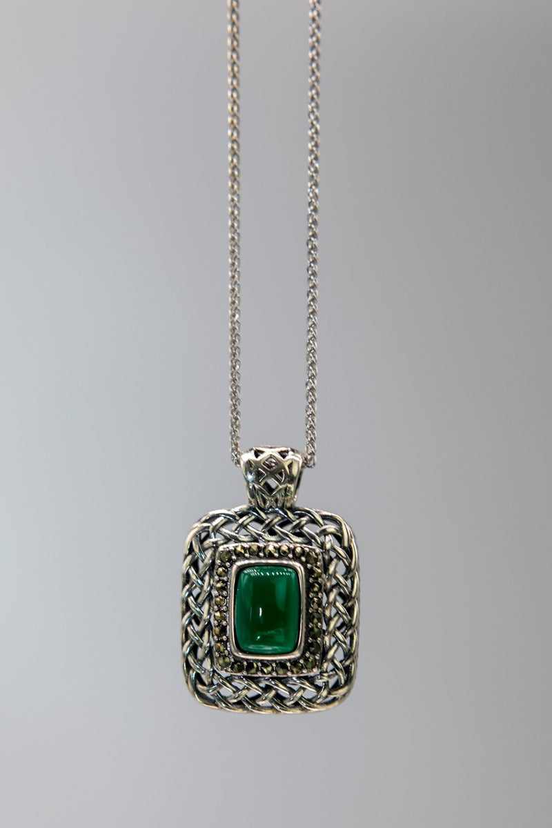 Celtic Woven Agate Necklace - L'Atelier Global
