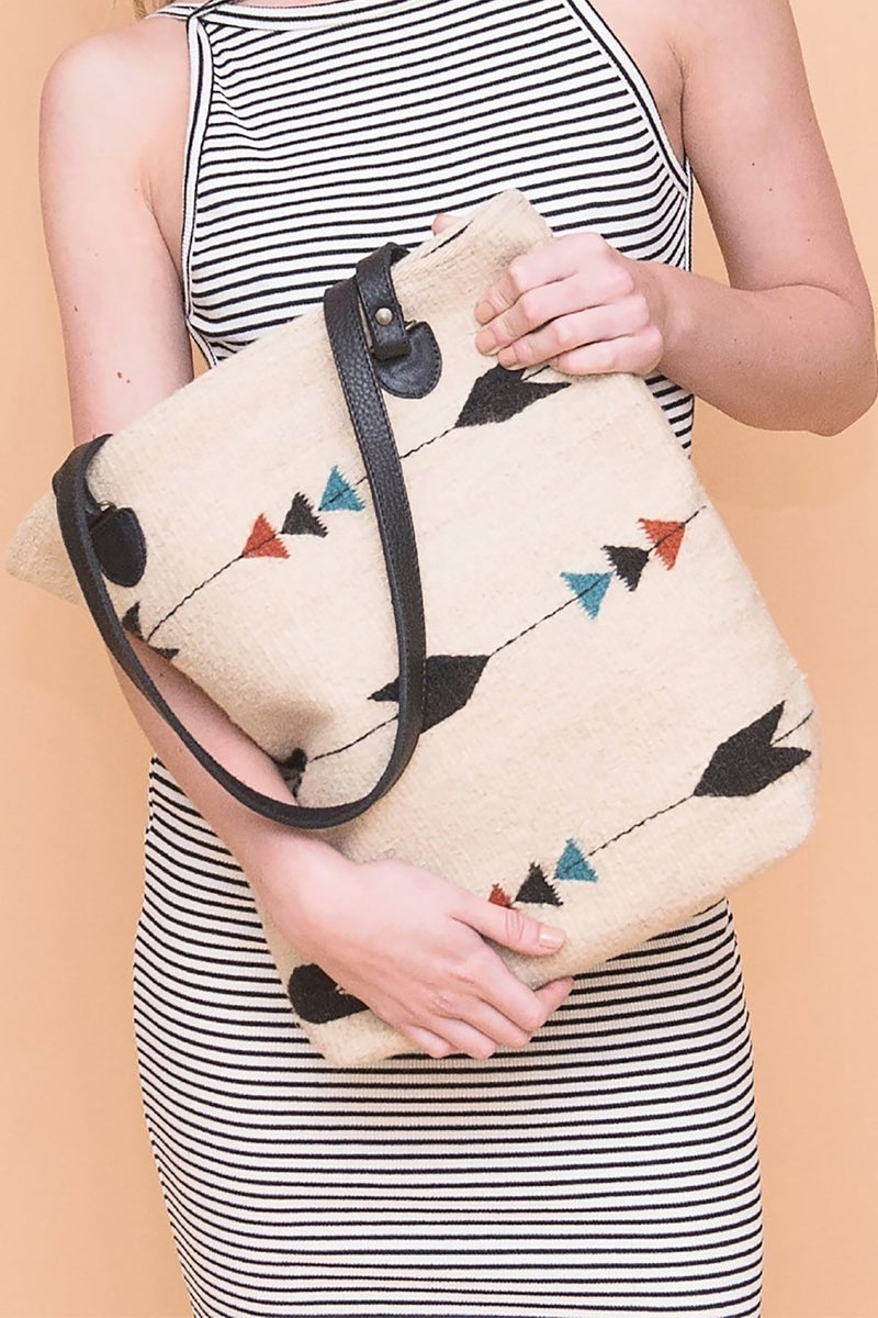 Obsidian Arrow Tote Bag - L'Atelier Global