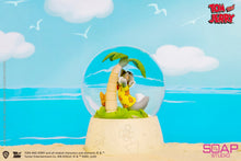 Load image into Gallery viewer, Tom and Jerry Snow Globe - Tom and Jerry Resin Statue - Soap Studios [Pre-Order]