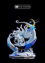 Load image into Gallery viewer, Alolan Ninetales & Vulpix - Private - Pokemon Resin Statue - M5 Studios [Pre-Order] - FavorGK