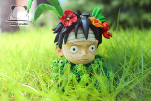 SD Scale Monkey D. Luffy Hiding in Grass - ONE PIECE Resin Statue - Emoji Studios [Pre-Order]