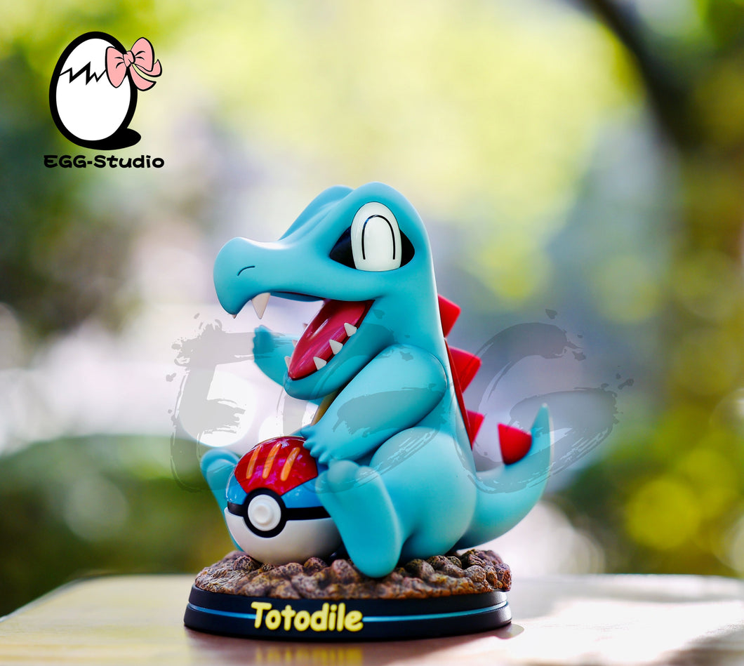 Totodile - Pokemon Resin Statue - EGGS Studios [Pre-Order] - FavorGK