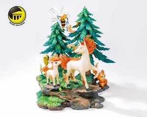 Beedrill & Rapidash Family (With Teddiursa) - Private - Pokemon Resin Statue - Moon shadow Studios [Pre-Order]