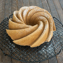 Load image into Gallery viewer, Nordicware Heritage Bundt® Pan 10