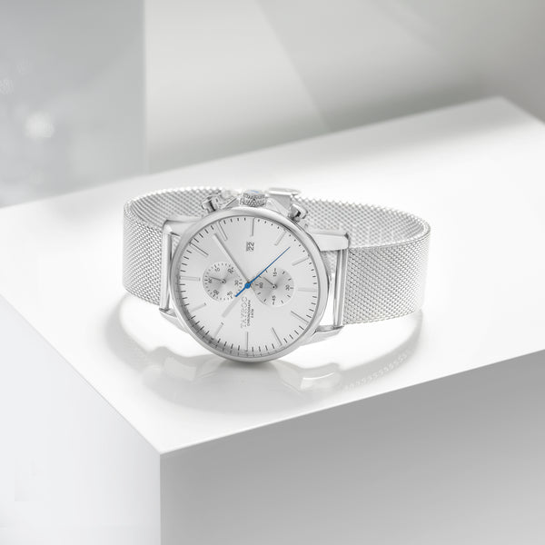 Stunning in fine silver with an eye catching blue streak. TXM052 is a sharp timepiece that makes an excellent addition to any outfit or collection. Display view.