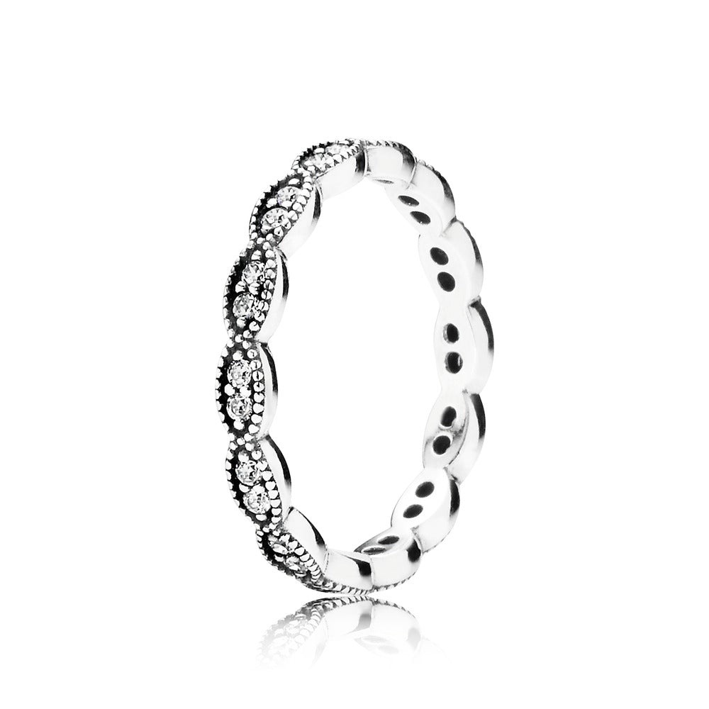 Sparkling Leaves Ring - Pandora Jewelry Las Vegas