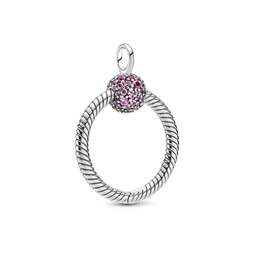Pandora Moments Small Pink Pavé O Pendant in sterling silver. Featuring our iconic snake chain pattern, the design includes a ball clasp decorated with pink stones.