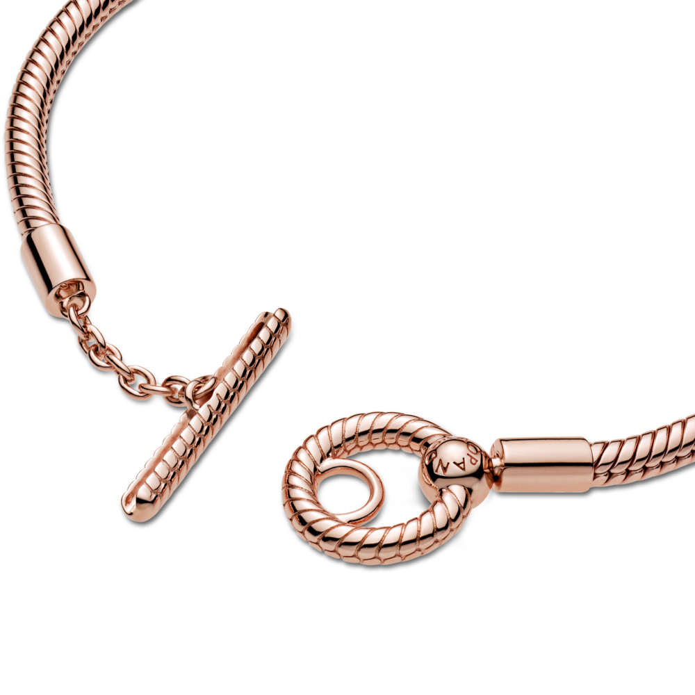 Close Up of Pandora Rose Moments T-Bar Snake Chain Bracelet Clasp