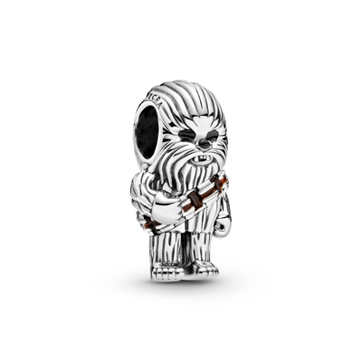 Pandora Star Wars Chewbacca Charm in sterling silver. Chewys life like details: signature long hair, brown enameled belt, black enamel eyes and nose.